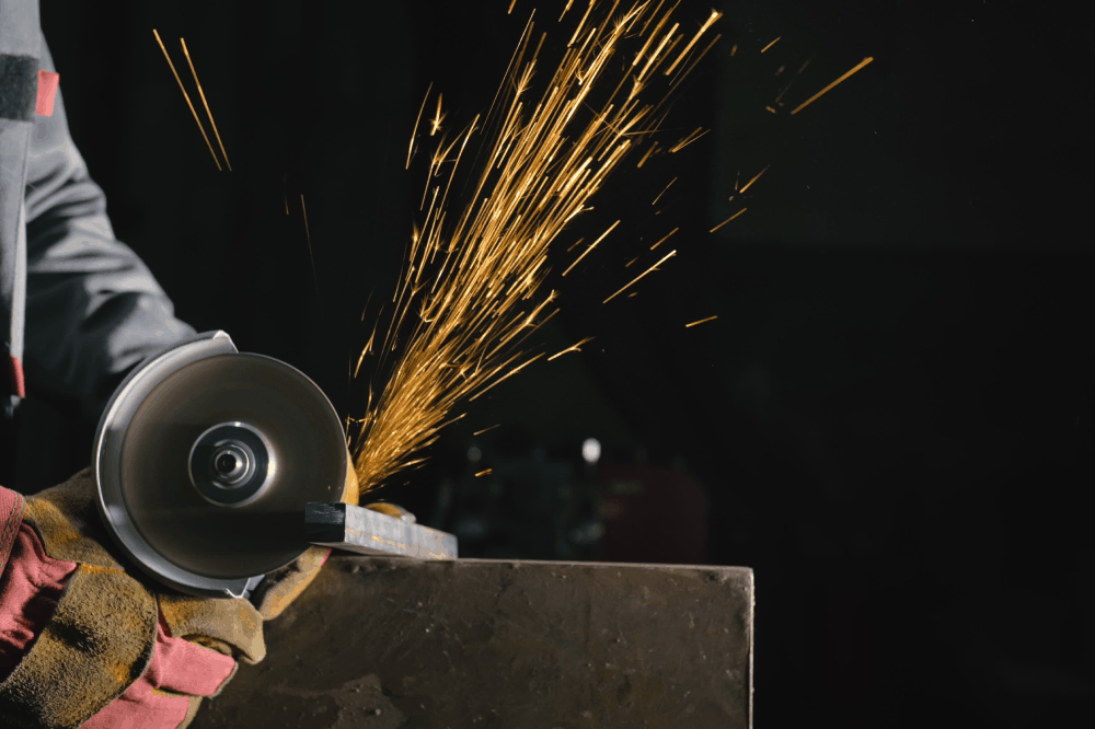 How to Use an Angle Grinder to Cut Metal - grinderpowertool